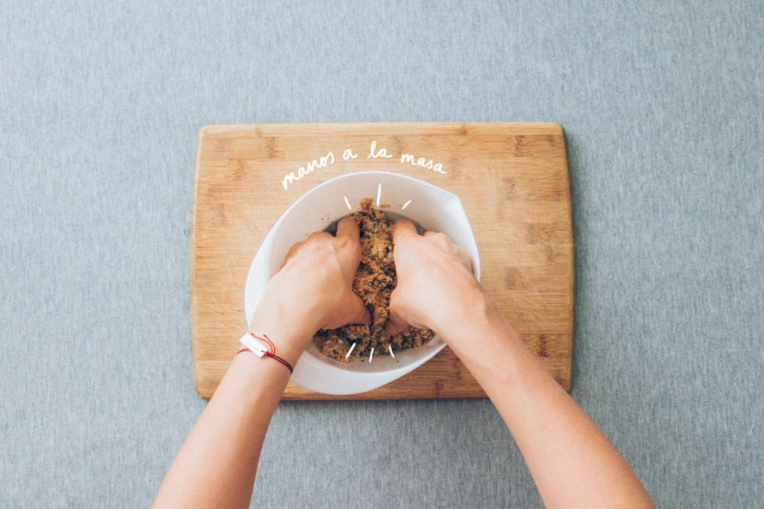 Bolitas poderosas, para aprovechar el cascajo / ripio de las leches vegetales. ¡Manos a la masa!