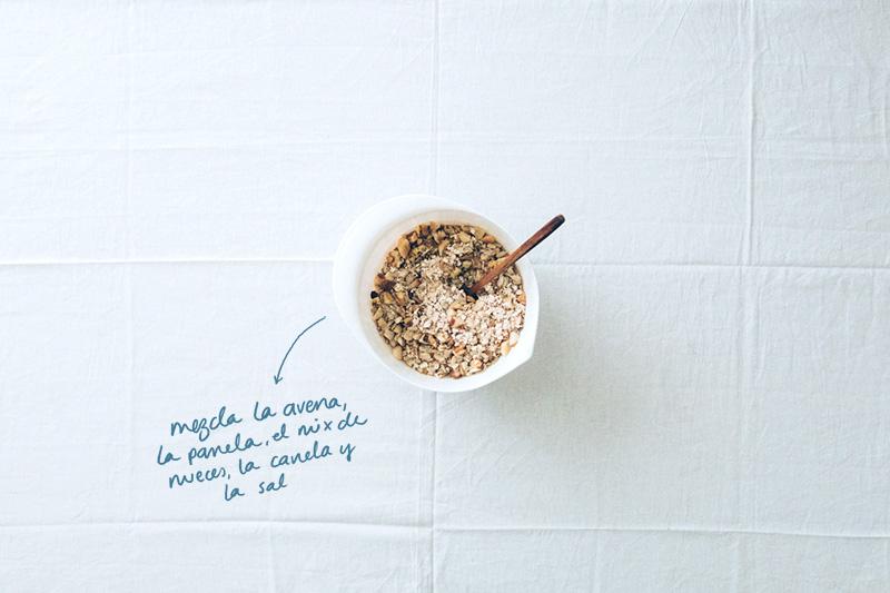 Granola maravillosa · Mezclar ingredientes