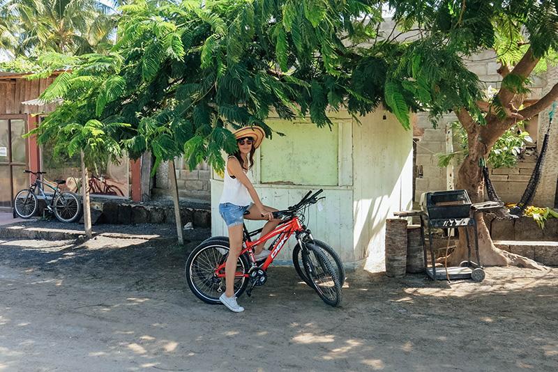 Yo, en bicicleta